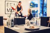 """Eenmaal""是荷兰设计师Marina Van Goor去年年中在荷兰阿姆斯特丹开设的期间限定餐厅,""Eenmaal""在荷兰语中有""一次""也有""一餐""的意思。"