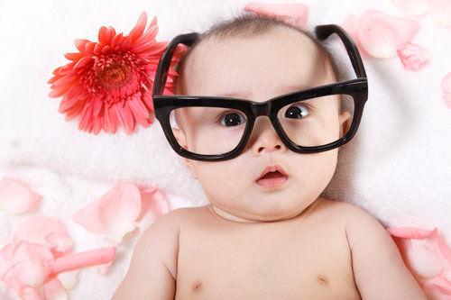 何时让宝宝识字?