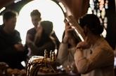 加拿大 Partisans 工作室已经完成了在多伦多的一家酒吧的室内装修,设计可媲美巴塞罗那历史悠久的著名新艺术运动风格的pinxto酒吧。它位于城市小意大利区的中心,Raval酒吧是加拿大餐饮经理人Grant Van Gameren和他的搭档,世界上最有名的调酒师之一,Mike Webster事业的第一站。(实习编辑:谭婉仪)