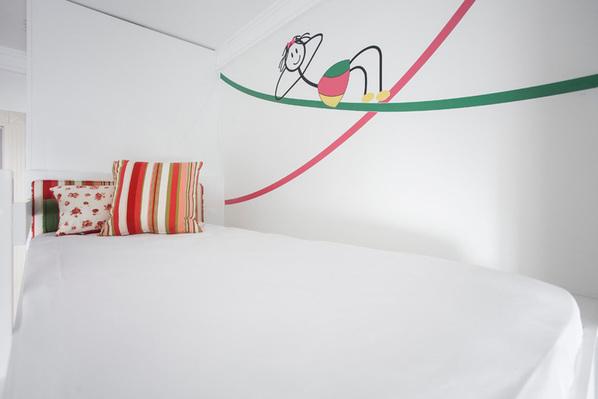 卧室里的可爱墙绘
