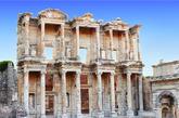 【3】艾菲索斯,土耳其 艾菲索斯是目前世上保存最好也最大的希腊罗马古城。其中的阿尔特米斯神殿为世界七大奇景之一。