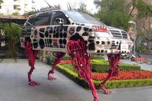 被外星生物附体 感受汽车改装另类文化
