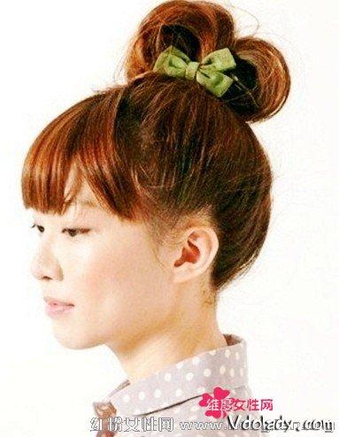 齐刘海巧搭花苞头发型 打造可爱小萝莉图片