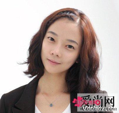 齐耳短发发型造型打造甜美浪漫风短发韩式女生适合烫吗图片