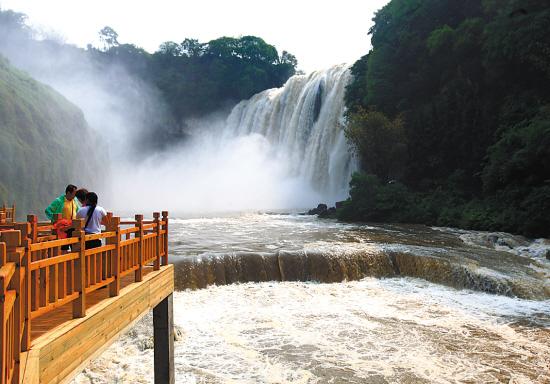 ←贵州安顺黄果树大瀑布