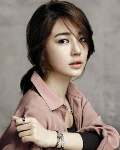 韩国美女明星发型PK 演绎气质女神
