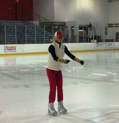 和朋友老婆溜冰后散冰