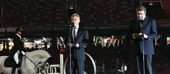 浪琴表全球副总裁 Mr. Juan-Carlos Capelli和中国副总裁李力致开幕词