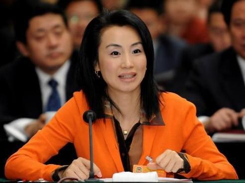 刘迎霞被撤销政协委员资格与中石油有合作