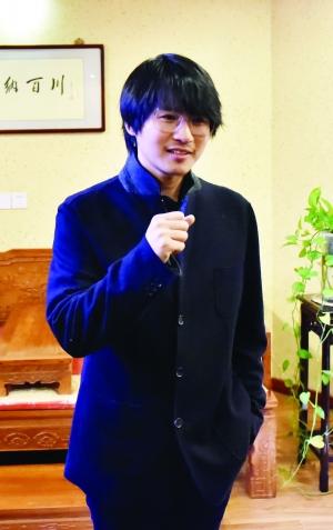 韩寒餐厅引上千人排队 岳父端菜被迫取消(图)