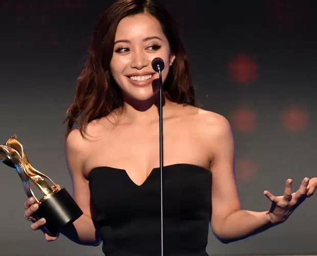 她靠化妆27岁登福布斯排行榜 越南女逆袭美国梦