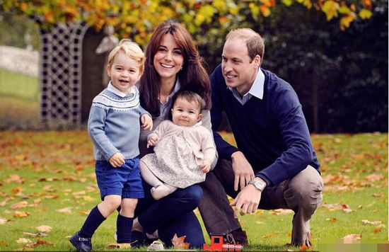 凯特王妃晒全家福照片