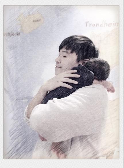 [明星爆料]陈思诚抱儿子一脸享受 佟丽娅:他爸,生日快乐