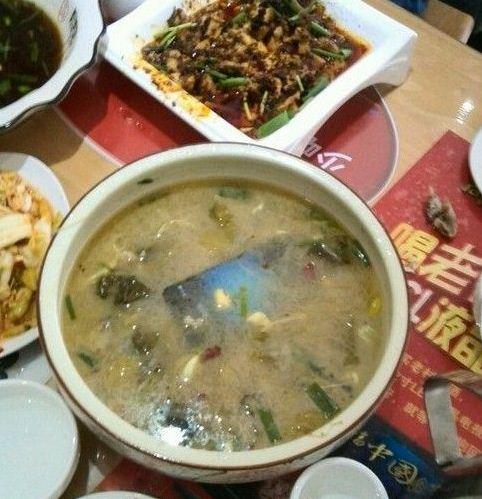 小王说:饭前拍一拍,生活更美好!结果,哈哈。。。。