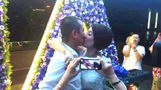 文章为马伊琍庆生:激吻求婚