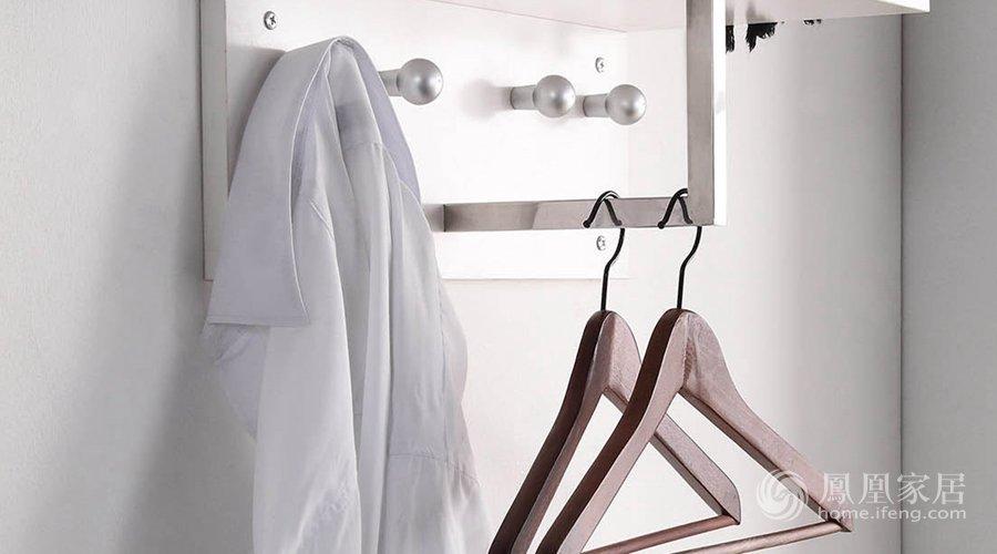 有些衣服可以多穿几次再洗