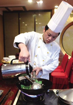 美食版从今天起,推出《四菜一汤》版.头一回开张,先请教   杭州