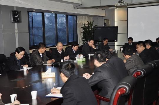 国航党委樊澄书记殷切看望西南分公司飞行部