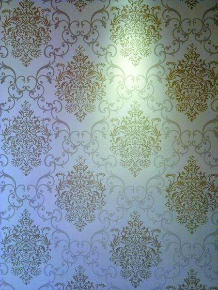 经典欧式花纹,传达主人浪漫小情怀,这款是放在卧室的,也适合安静