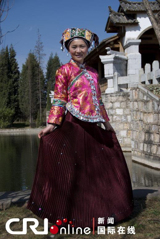 少数民族服饰大观 系列 壮族与苗族服饰 高清组图图片