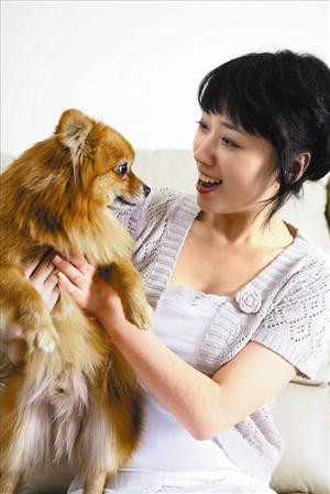 亲近宠物容易过敏 宠物与小孩子接触,最常引起的问题就是过敏.