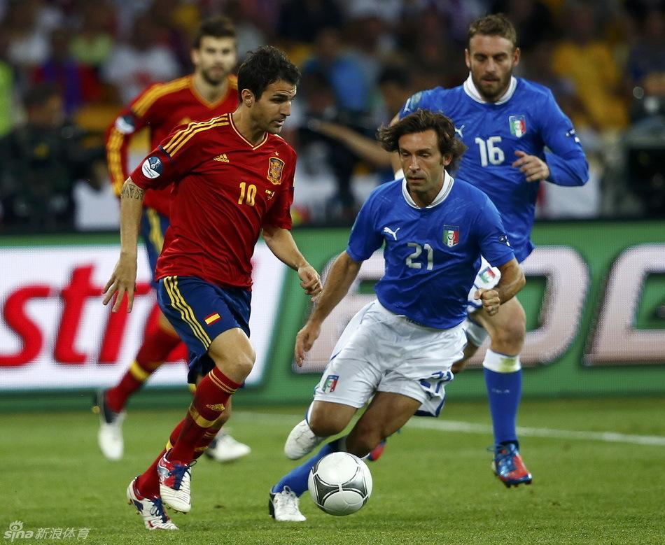 2012年欧洲杯:西班牙蝉联冠军(高清组图)图片