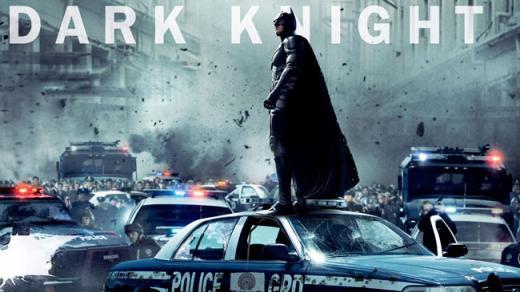 《蝙蝠侠》海报中新网7月20日电 据法新社报道,美国丹佛...