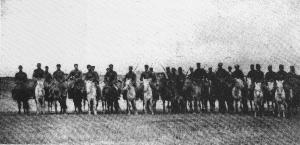 抗战胜利后,国民党军队四面出击,抢夺胜利成果,傅作义部从驻地陕坝一