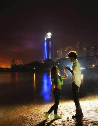 24岁歌手张木易与12岁嫩模相恋