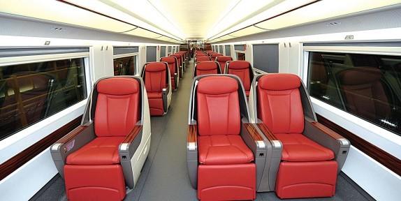 外形:借鉴飞机的设计原理 在合蚌高铁上,crh380bl动车组将以长途