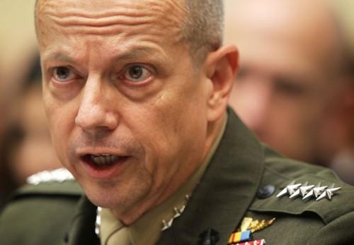 """资料图:美国驻阿富汗部队总司令约翰·艾伦src=""""http://y0.ifengimg.com/news_spider/dci_2012/11/cda5d9679df2f48e87df55a622bef4f3.jpg"""""""