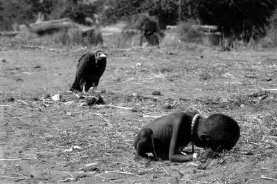 饿死的非洲儿童照片