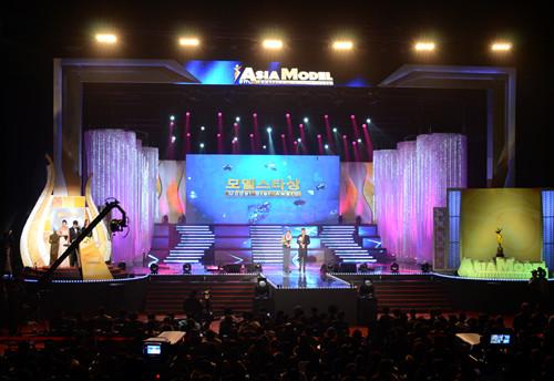 【组图】2013亚洲模特奖颁奖典礼 500
