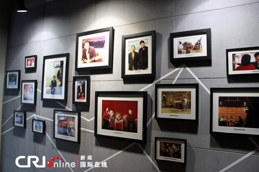 在阿里巴巴公司内部这样的照片墙随处可见 摄影:沈湜