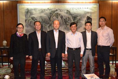驻拉各斯总领事刘显法会见中国出口信用保险公司副总