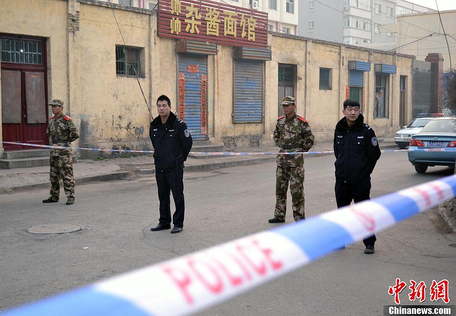 山西汾阳民居爆炸事故伤者在医院接受治疗_资