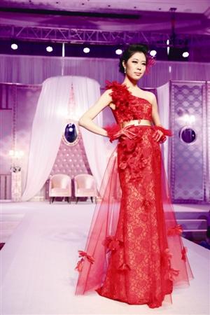 东海朗廷酒店举办欧式奢华复古婚礼秀