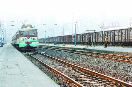 重庆火车南站 新中国第一条铁路从这起步