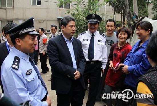 西部网讯(记者 李媛 秦振)汪勇,西安市公安局新城分局韩森寨派出所