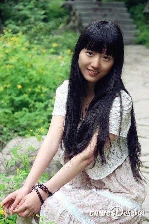 西安外国语大学小清新美女王薇薇