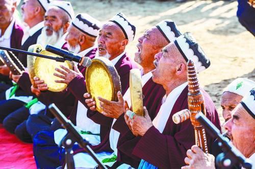 新疆麦盖提县央塔克乡