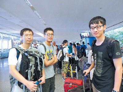 空难未阻中国赴美游学热 又一游学团抵达旧金山图片