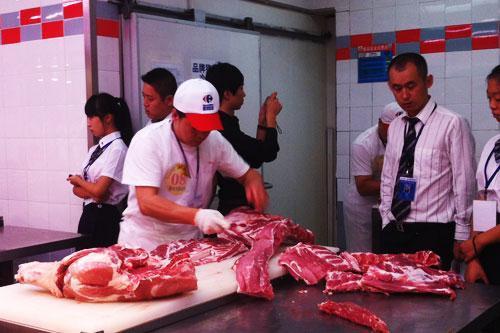 哈尔滨举办切时光v时光快刀手两分钟搞定半头猪肉舞蹈视频图片