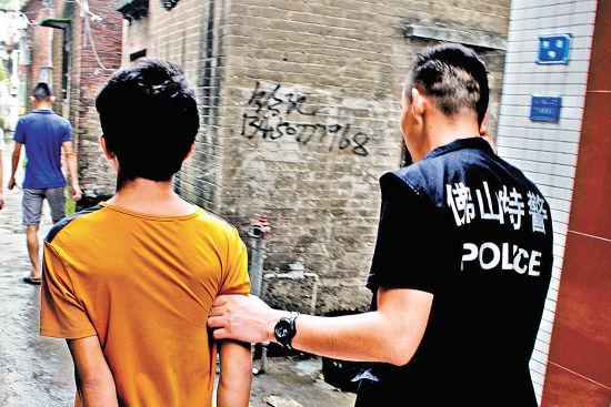 6名初中生一月砸上百辆车窗盗窃最大者14岁(黄初常州市中前分数线图片