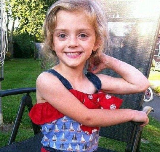 莱克茜是个非常漂亮的小女孩(图片来源:英国媒体)
