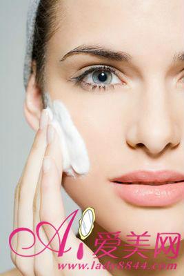 最基本护肤步骤 洗脸的正确方法你知道吗?
