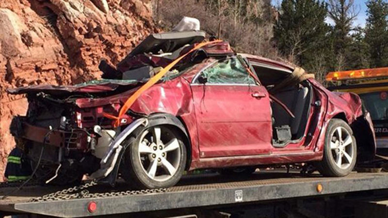 美国一女子出车祸困在车内五天 奇迹存活(图)图片