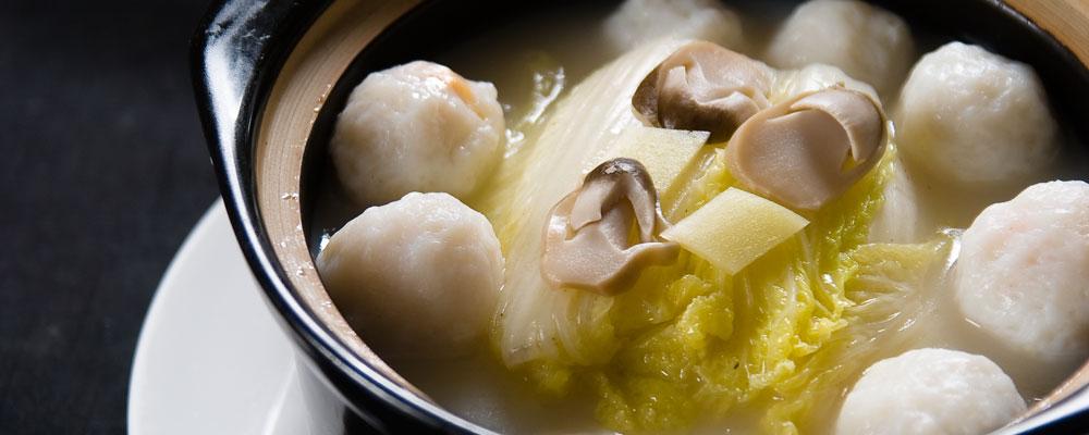 大白菜煮酿墨鱼丸