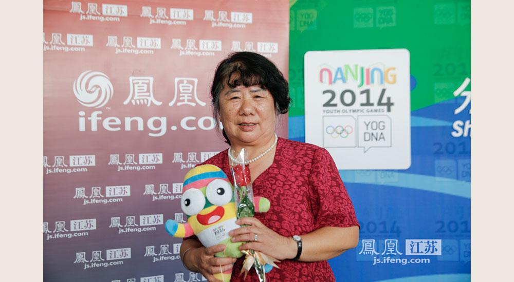 梅金陵是南京晨光机械厂的幼儿教师