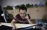 对于金融业来说,时间就是金钱,而北京时间的凌晨正是北美市场的交易时间。为了方便客户更快的操作账户资金,在每个夜晚小王都必须精神抖擞地接客户打来的委托电话,第一时间里迅速的帮客户完成账户操作。